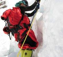 A steep section on the Lhotse face